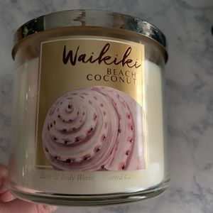 Waikiki Beach Coconut 3 Wick Candle Bath & Body